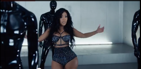 K Michelle of a k michelle chair dance just moments after her vh1 premiere of k ...